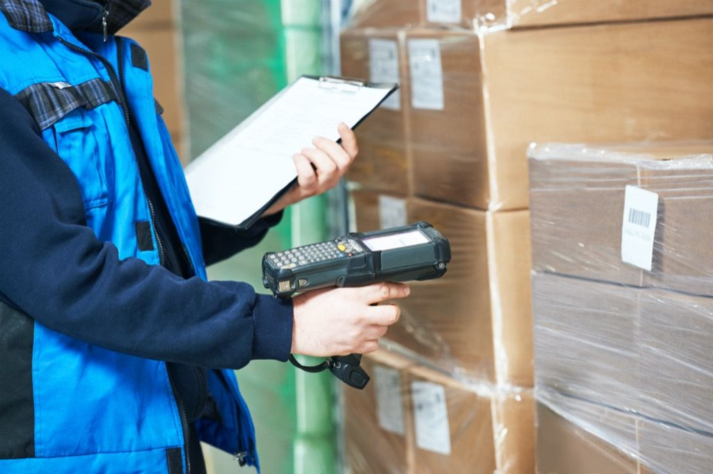 RFID in inventory management  Applications of RFID in Retailing – Detailed analysis AdobeStock 103329012 1 1024x681