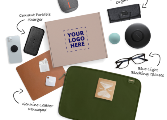 Corporate gifts corporate gifting How to retain your clients with Corporate gifts- Best corporate gifting ideas for personalized gifting Caroo Tech Lovers Box 1000px e1628793846680 scalia blog default